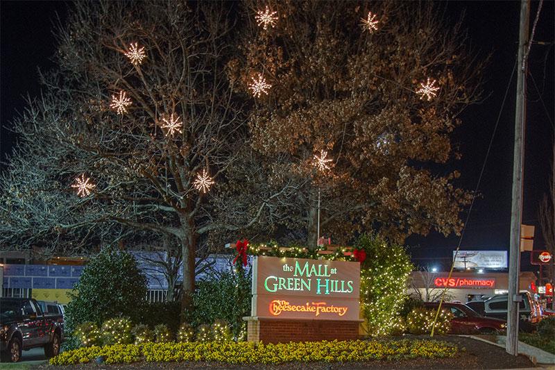 green-hills-malls-holiday-3
