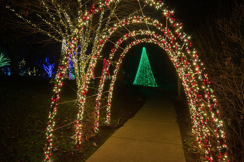 nashville-christmas-outdoor-lighting-with-lighted-archways