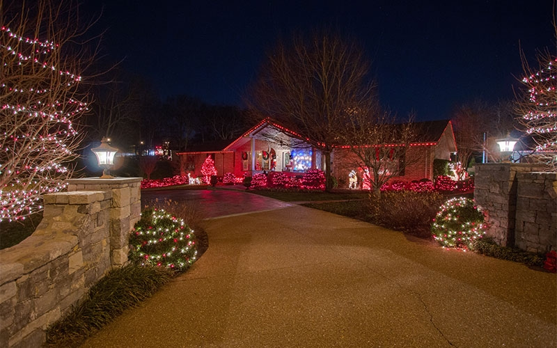 nashville-hip-holiday-outdoor-lighting