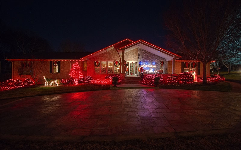 nashville-tn-retro-holiday-outdoor-lighting
