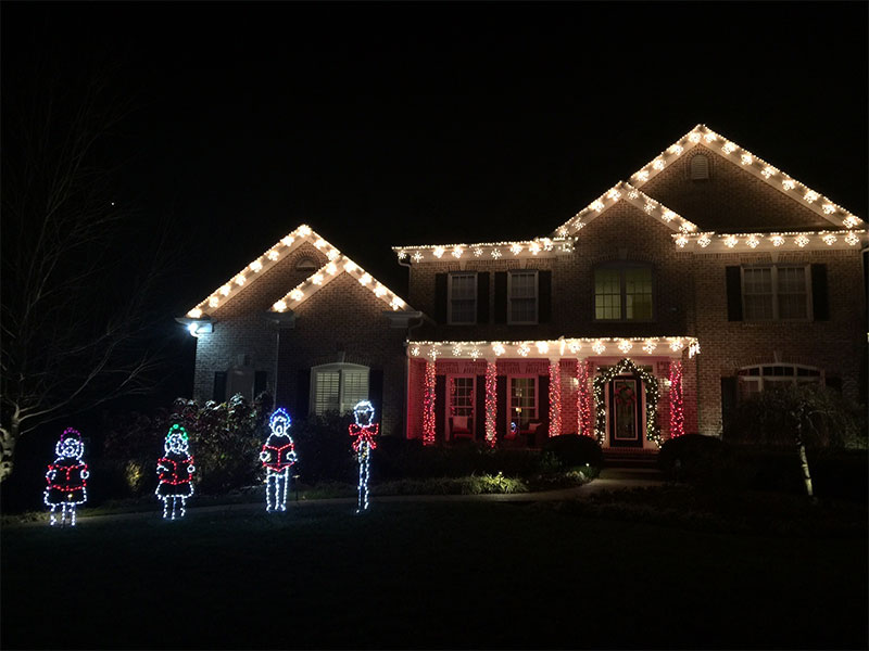 brentwood-tn-c9-roofline-lighting-and-themed-holiday-lighting