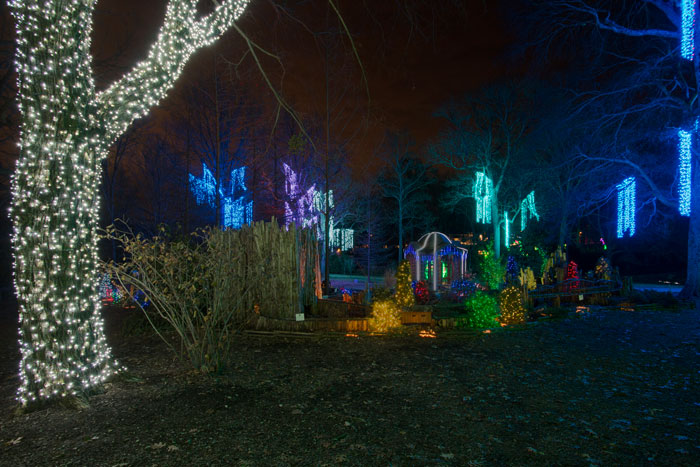 nashville-magical-commercial-holiday-outdoor-lighting-designs