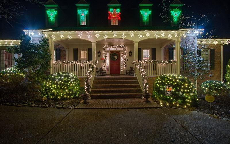 franklin tn holiday outdoor lighting 3 - Christmas Outdoor Spotlights