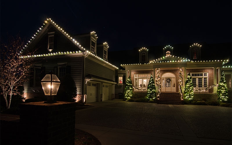 nashville-holiday-roofline-outdoor-lighting